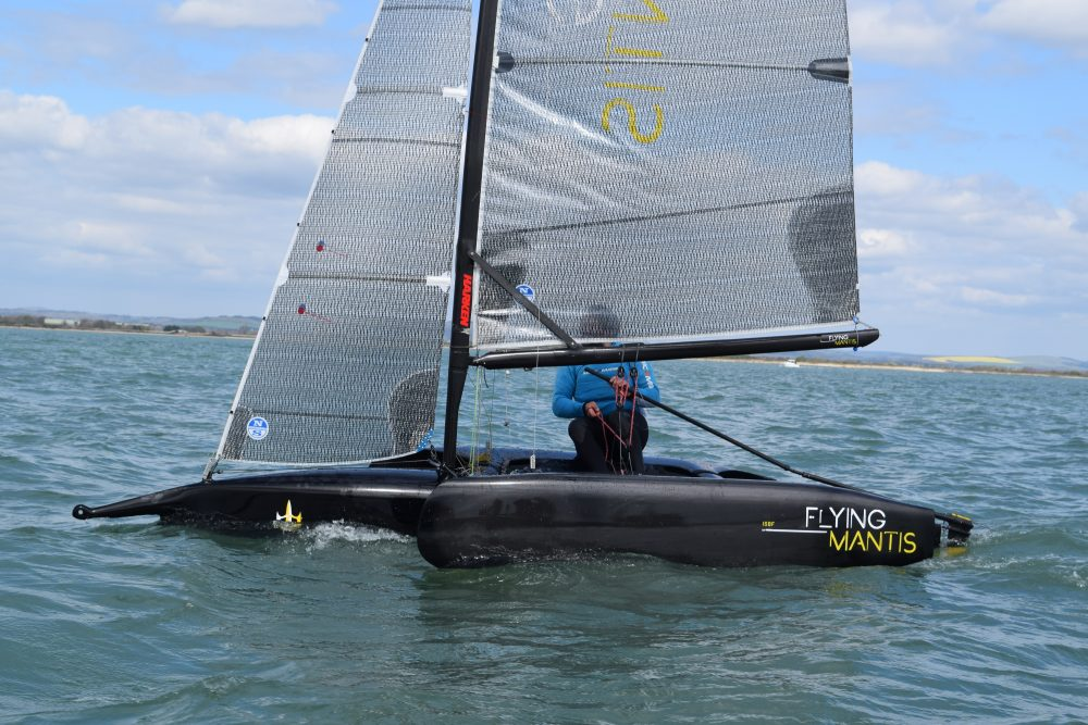 Flying Mantis upwind non foiling